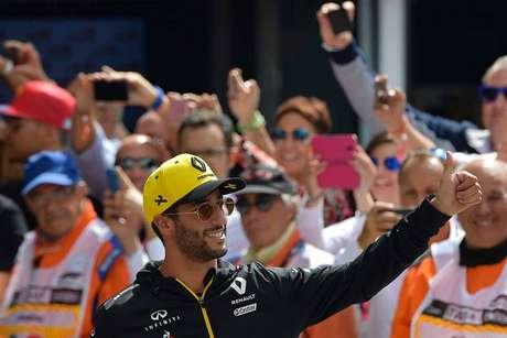 Abiteboul admite que Renault preferiu Ricciardo ao invés de Ocon há 12 meses