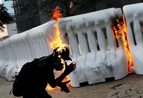 Manifestante durante protesto contra o governo em Hong Kong 15/09/2019 REUTERS/Tyrone Siu
