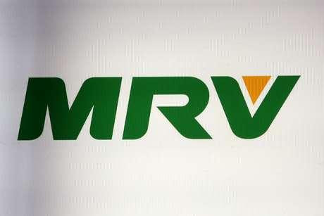 Logotipo da MRV mostrado na B3, em São Paulo. 25/7/2019. REUTERS/Amanda Perobelli