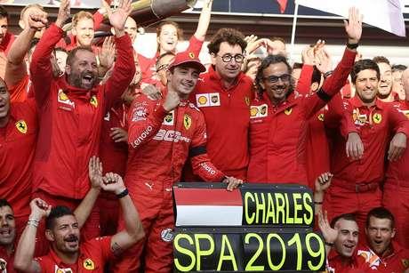 """""""Vitórias já ficaram no passado"""", diz Binotto focado no GP de Singapura"""