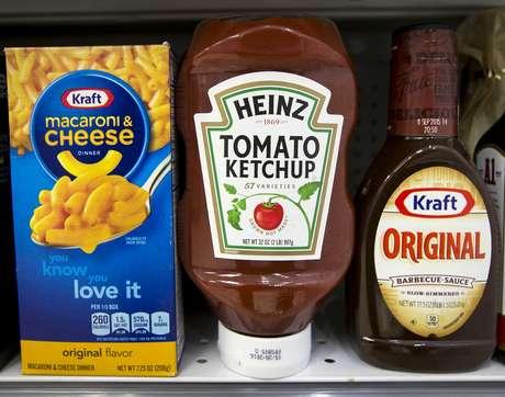 Produtos da Kraft Heinz na prateleira de um supermercado em Nova York. 25/5/2015.   REUTERS/Brendan McDermid/