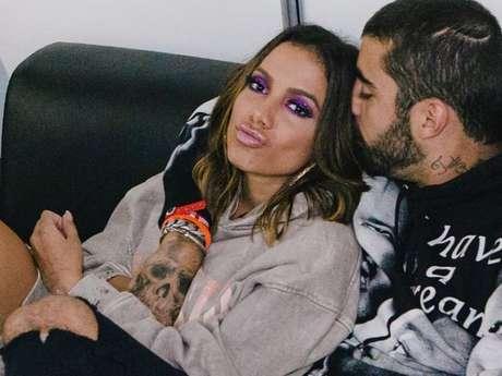 Anitta e Pedro Scooby romperam namoro após três meses juntos