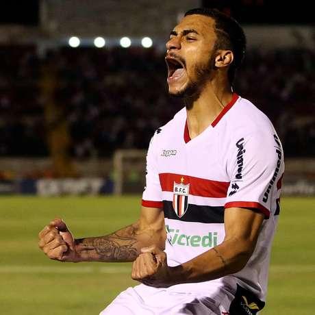 Murilo Henrique fez dois na vitória desta terça-feira (Foto: Raul Ramos/Botafogo-SP)