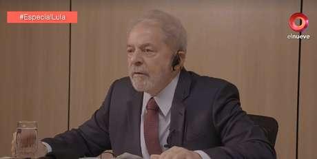 O ex-presidente foi entrevistado pelo mais antigo canal de TV privado da Argentina