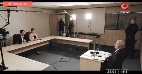 A gravação aconteceu em uma sala da Superintendência da Polícia Federal, onde Lula está preso