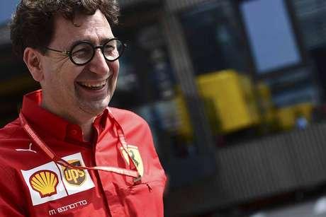 Binotto revelou que a Ferrari está trazendo novas peças para Singapura