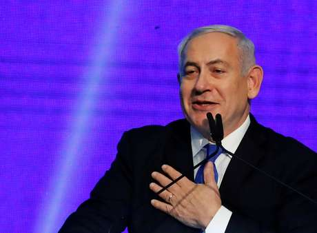 Netanyahu discursa na sede do Likud em Tel Aviv