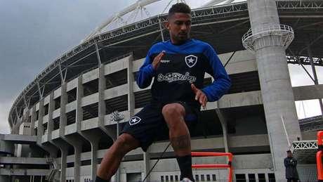 Atacante nem chegou a entrar em campo pelo Botafogo (Foto: Vítor Silva/Botafogo)