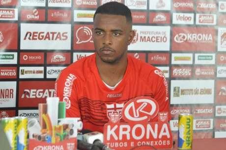 Wesley Dias espera triunfo do CRB contra o Coxa,fora de casa (Foto: Divulgação/CRB)