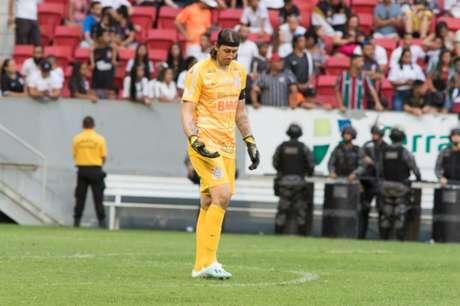 Cássio frangou contra o Fluminense (Foto: Osvaldo Lima/Photo Premium)