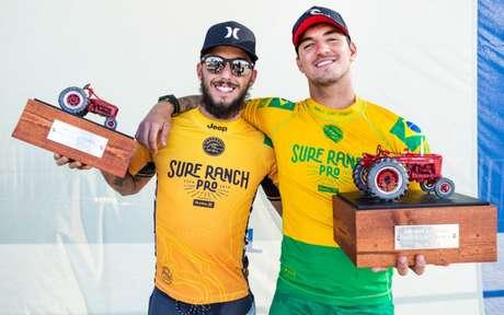 Filipe Toledo e Gabriel Medina estão em alta no ranking da WSL (Foto: Kelly Cestari / WSL)