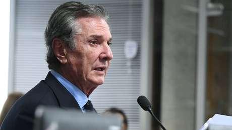 Em entrevista à BBC News Brasil, Collor diz que rumo tomado por Bolsonaro pode lhe colocar em 'palpos de aranha' (apuros)