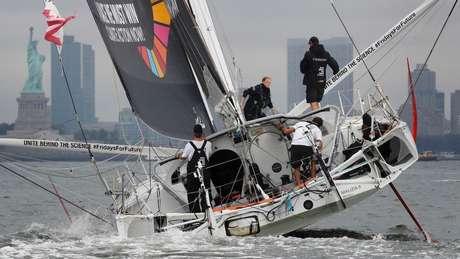 Thunberg viajou para Nova York a bordo do veleiro Malizia II...