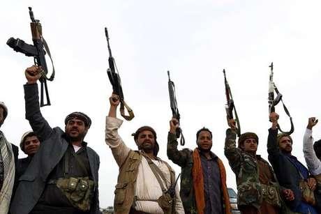 Rebeldes houthis controlam a capital do Iêmen e contam com apoio do Irã