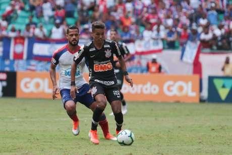 No primeiro turno, Bahia venceu o Corinthians por 3 a 2