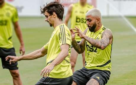 Rodrigo Caio e artilheiro Gabigol estão nos próximos amistosos do Brasil (Foto: Alexandre Vidal/Flamengo)