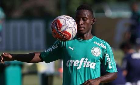 Ivan Angulo é uma das jovens promessas do Palmeiras (Foto: Cesar Greco/Ag Palmeiras/Divulgação)