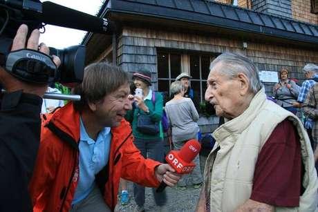 Aos 106 anos, morre o sobrevivente mais velho do Holocausto