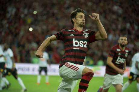 Jogador se firmou com a camisa do Flamengo (Foto: Alexandre Vidal/CRF)