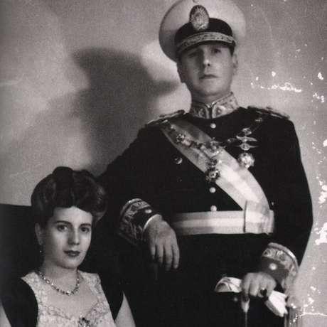 Retrato oficial de Perón e Evita quando ele entrou no governo, em 1946