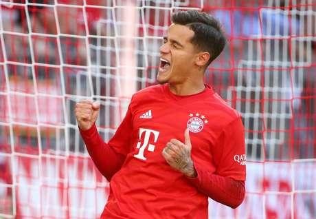 Philippe Coutinho comemora gol pelo Bayern de Munique