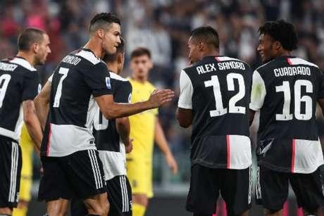Cristiano Ronaldo marcou de pênalti para dar a vitória a Juve (Foto: AFP)