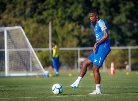 Com boa sequência pelo cruzeiro, Cacá deve ser escalado novamente (Foto: Reprodução/Cruzeiro)