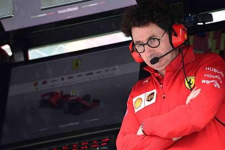 """Binotto: """"Parada de Vettel foi para proteger sua posição de Verstappen"""""""