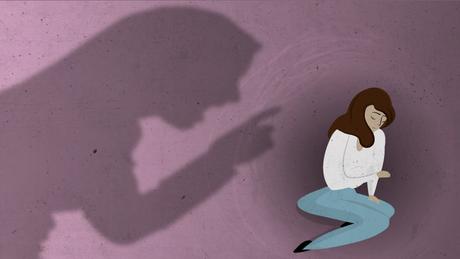 """Se você começa a se identificar em alguma situação, procure ajuda. Não deixe que isso se torne um tema central da vida, porque há o risco de querer se encaixar em todas as situações e atrair todos os outros problemas para validar"""", alerta o psicanalista Christian Dunker"""