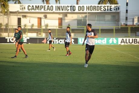 O Ceará está há cinco jogos sem vencer (Foto: Marcelo Vidal/cearasc.com)