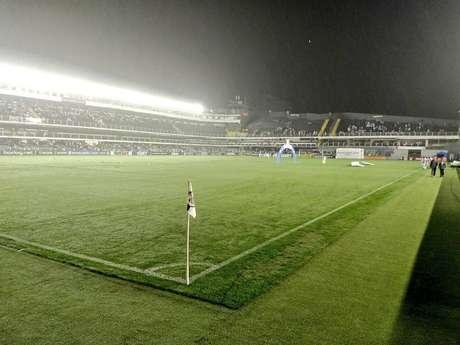 Santos tem sequência negativa na Vila Belmiro (Foto: Lucas Musetti)