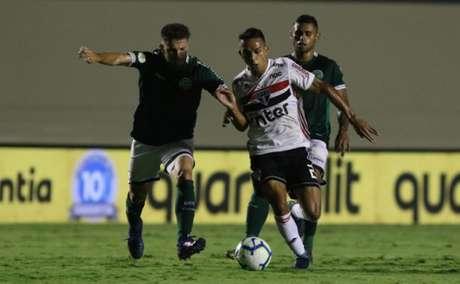 São Paulo venceu o Goiás por 2 a 1, no primeiro turno, no Serra Dourada (Foto: Rubens Chiri / saopaulofc.net)