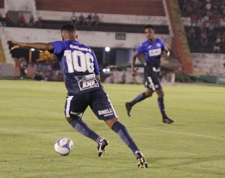 O São Bento bateu o Vitória na última rodada (Foto: Divulgação)