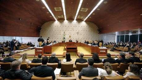 Se aprovado pelo Senado, Aras poderá enfrentar já neste semestre assuntos que interessam diretamente Bolsonaro