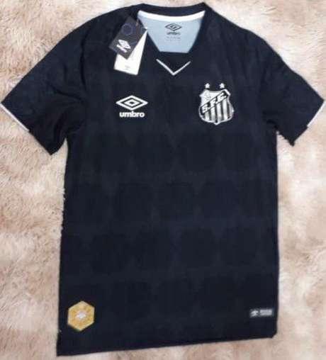 Nova camisa 3 do Santos vazou nas redes sociais nesta quarta-feira (Reprodução)