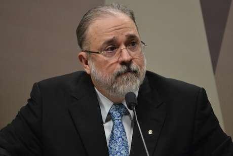 Augusto Aras, indicado pelo presidente Jair Bolsonaro para comandar a PGR (Procuradoria-Geral da República), é sabatinado na Comissão de Constituição e Justiça do Senado, em Brasília, nesta quarta-feira (25)