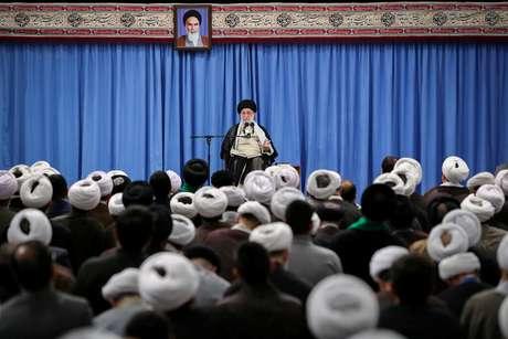 Khamenei em discurso em evento em Teerã 17/09/2019 Website oficial/REUTERS