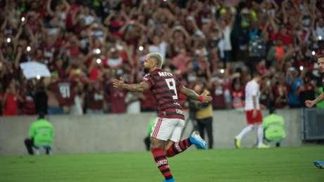 Confira a seguir a galeria especial do LANCE! com as imagens da vitória do Flamengo sobre o Internacional