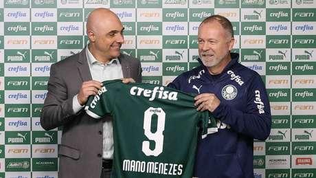 Galiotte comemora 'opção técnica' por Mano Menezes no lugar de Felipão no clube (Agência Palmeiras/Divulgação)