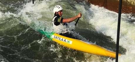 Ana Sátila terminou a final do Mundial na décima colocação (Foto: Divulgação CBCA)