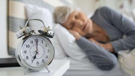 Pesquisador descobriu que exercícios ajudam a diminuir apneia em idosos