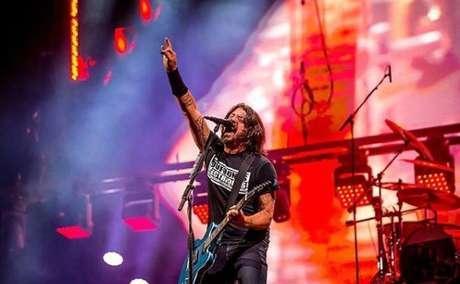 Dave Grohl: rei do palco, que conduz um show como poucos no mundo, o vocalista do Foo Fighters deu mais uma aula de carisma. A banda fez covers incríveis além de tocas seus sucessos.