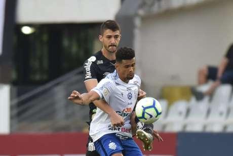 Gustavo Henrique atuou os 90 minutos contra o CSA, no último domingo, na Vila Belmiro (Foto: Ivan Storti/Santos)