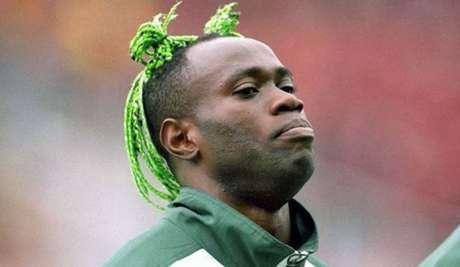 Taribo West foi campeão olímpico com a Seleção da Nigéria (Foto: Divulgação/NFF)