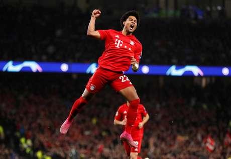 Gnabry marcou quatro gols na vitória do Bayern.