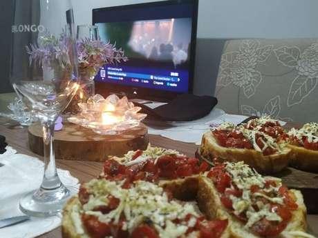 Bruschetta de tomate cereja