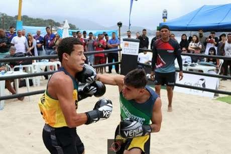 Essa foi a primeira edição do BeachBoxing na praia de Icaraí, em Niterói (Foto: Bruno Equipe Top Foto)