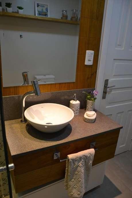 5. O balcão para banheiro deve passar por alguns cuidados. Projeto de 501 Arquitetura