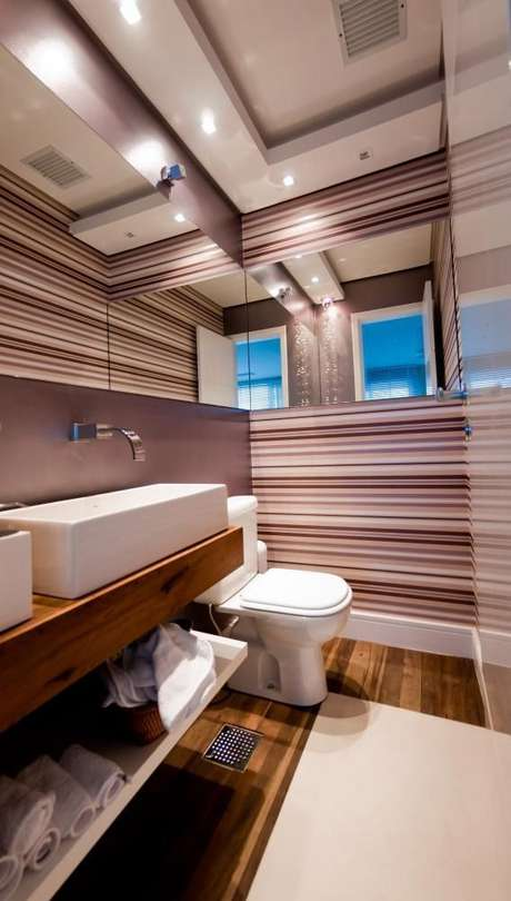1. O balcão para banheiro chegou com muita força o mundo da decoração. Foto: Juliana Pippi