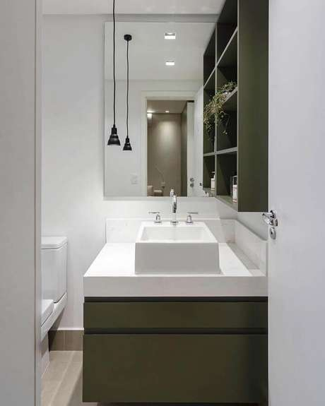 15. Utilize a cor verde musgo escura em detalhes da decoração de ambientes compactos – Foto: Paula Foresti